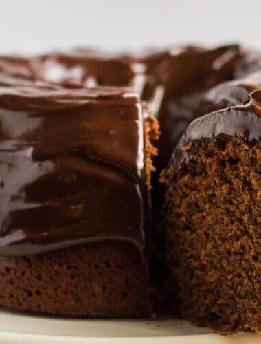 decadent chocolate sour cream pound cake